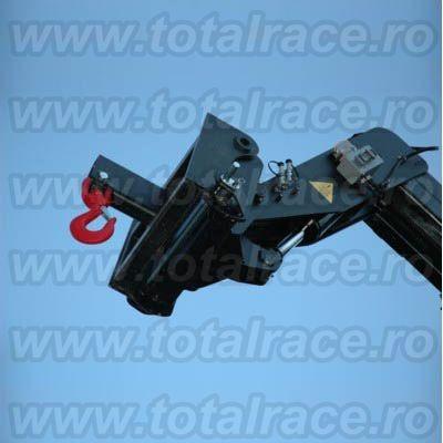Carlig rotativ cu siguranta, din otel carbon sau aliat, vopsit, pentru instalatii de ridicat Total Race 01